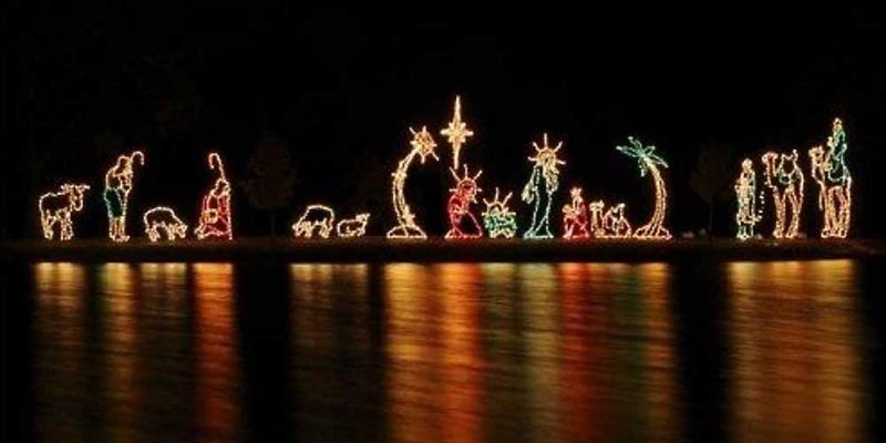 Lake Island Nativity